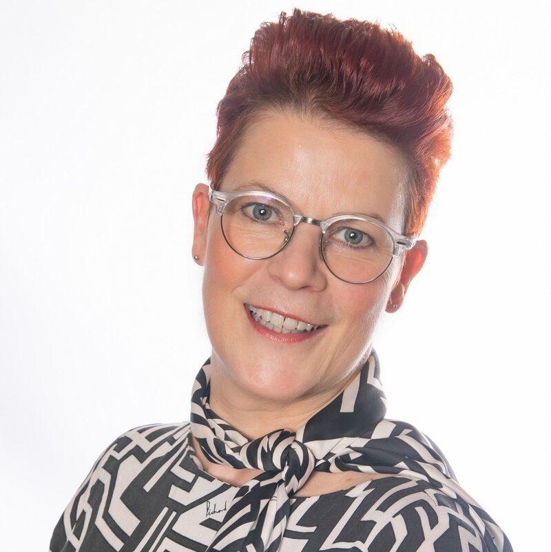 Anja van den Beuken - Roeven
